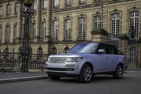 Land_Rover_Range_Rover_Hybrid_2015